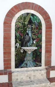 Brentwood Fountain: Custom Mosaic Art